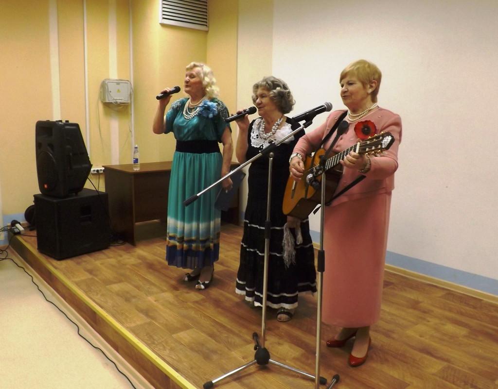 Бутовские_девчата_концерт в ДК